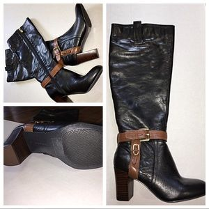 Tommy Hill figure knee high boots